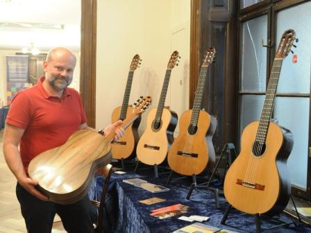 Armin and Mario Gropp: Meisterwerkstatt for small guitars and lutes
